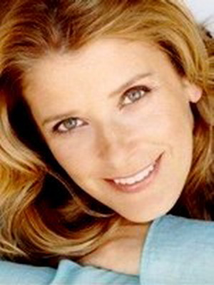 Элисон Ла Плаца - Joanna, Rachel's Boss