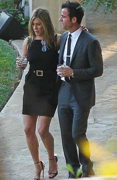 Дженнифер Энистон выпила лишнего на свадьбе